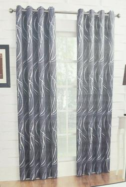 Zero Sun Blackout Curtain in a Set of Two